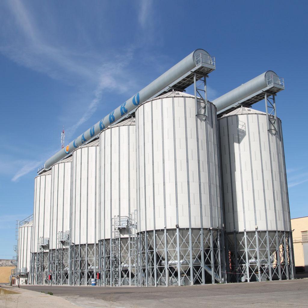silos de almacenamiento
